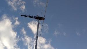 Antena aérea VHF/UHF de nueve elementos
